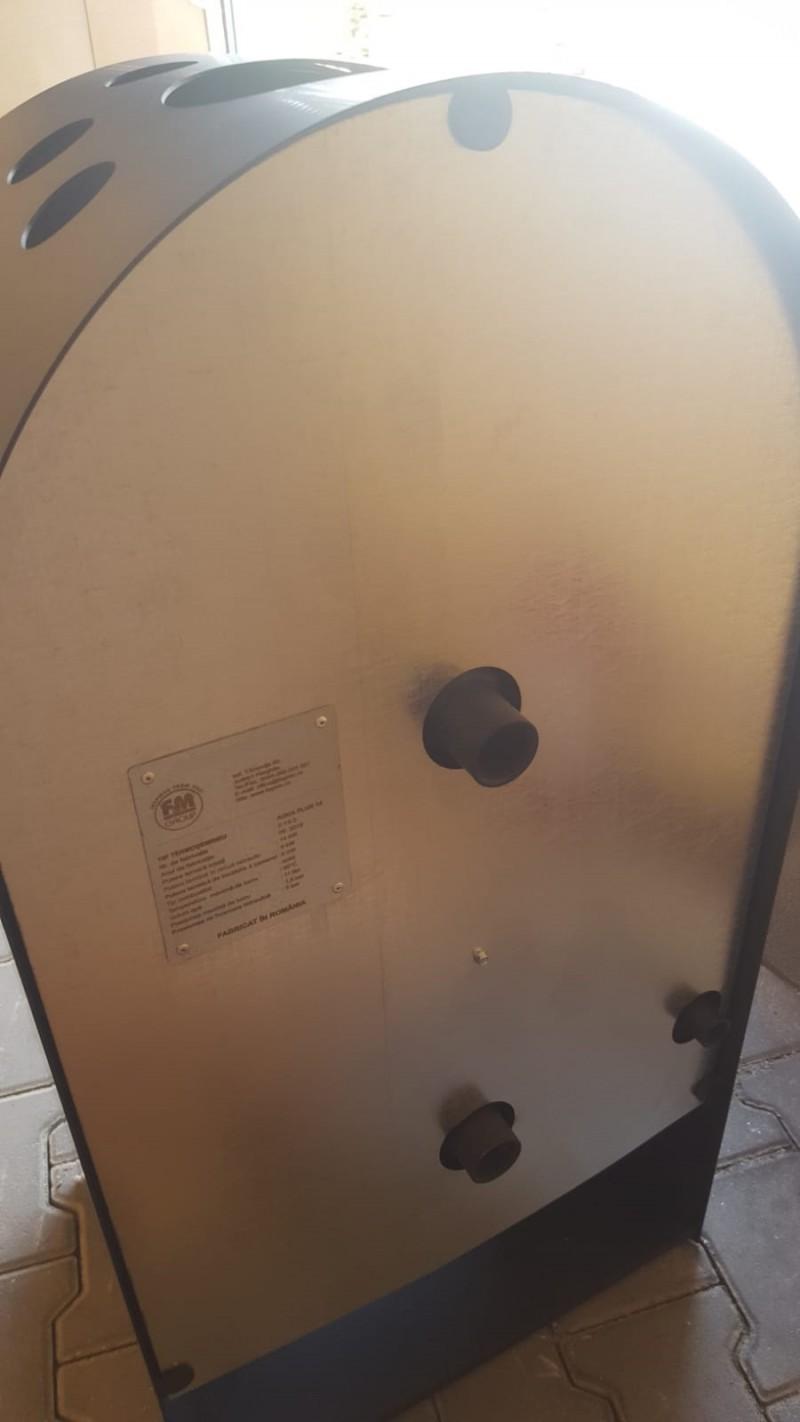 Termosemineu AQUA PLUS 14 kW - vedere din spate