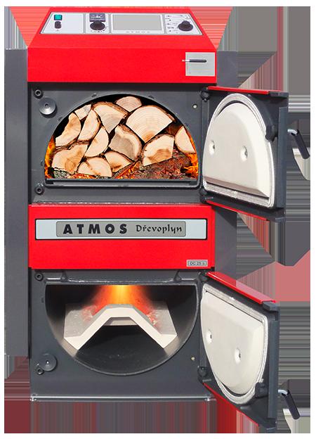 Centrala termica pe lemn cu gazeificare ATMOS - cu usile deschise, incarcata cu lemne de foc