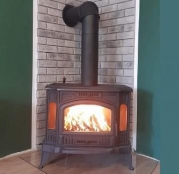 Poza Termosemineu pe lemn din fonta K9 9 kW - exemplu de montaj